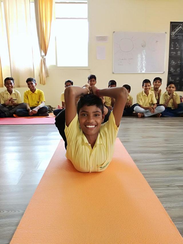 yoga teacher training at yoga india foundation