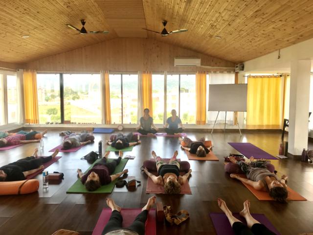Finde deinen einzigartigen Weg mit Yoga